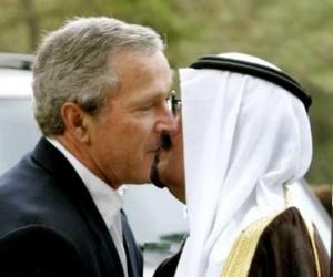 bush_kiss_saudi